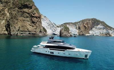Saisonvermietungen Motor Yacht La Spezia