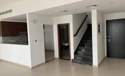 Vermietung Doppelhaushälfte Dubailand